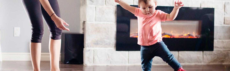 Baby Laufen Lernen Ab Wann Babys Laufen Lernen Wie Fördern