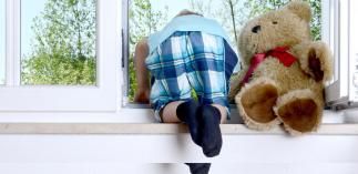 das babyzimmer ein sicheres zuhause f r ihr kind. Black Bedroom Furniture Sets. Home Design Ideas